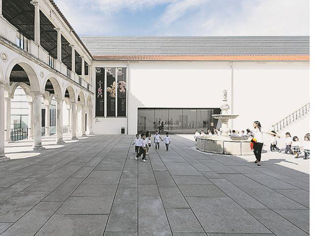 Mais de 4,6 milhões de entradas foram registadas no último ano nos museus, palácios e monumentos da Direção-Geral do Património Cultural, mais 15,5%. Porto e Coimbra registaram as maiores subidas