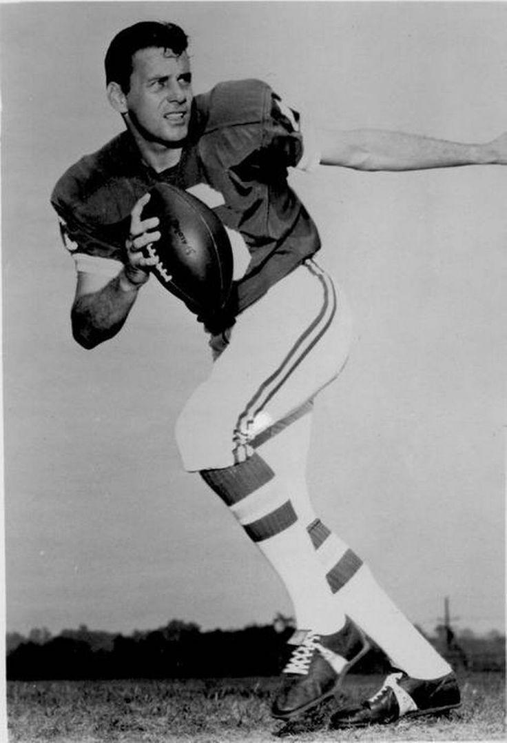 Kansas City Chiefs quarterback Len Dawson