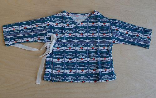 Patroon geboortesetje (muts, broek, overslaghemdje)