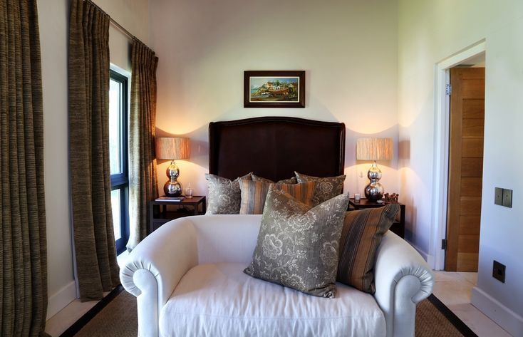 Arc Street: Cottages room. FIREFLYvillas, Hermanus, 7200 @fireflyvillas ,bookings@fireflyvillas.com,  #ArcStreet #FIREFLYvillas #HermanusAccommodation