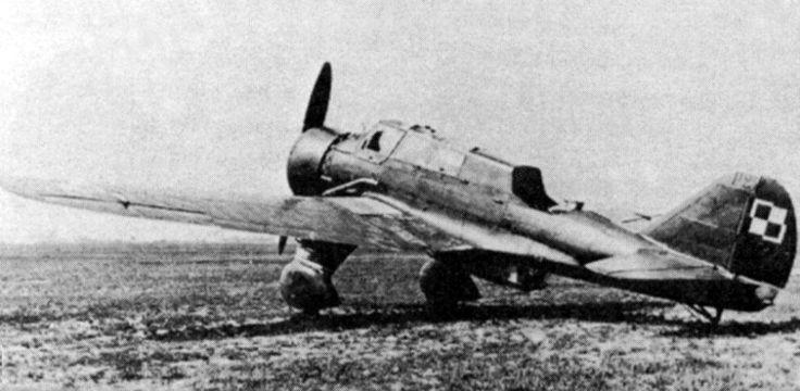 Poland's PZL P-23 Karas, bomber - World War II Vehicles - World War 2 Aircraft