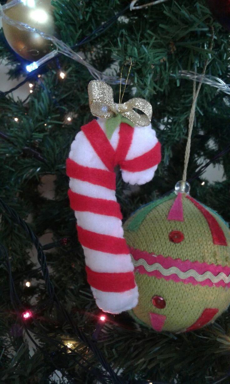 Bastón de navidad en fieltro adorno de fieltro