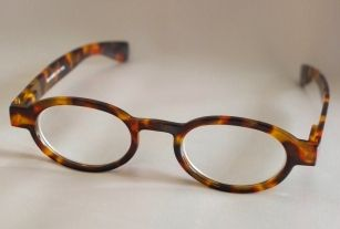 Cute Glasses Frames For Oval Faces : 17 Best images about beauty tips on Pinterest Oval faces ...