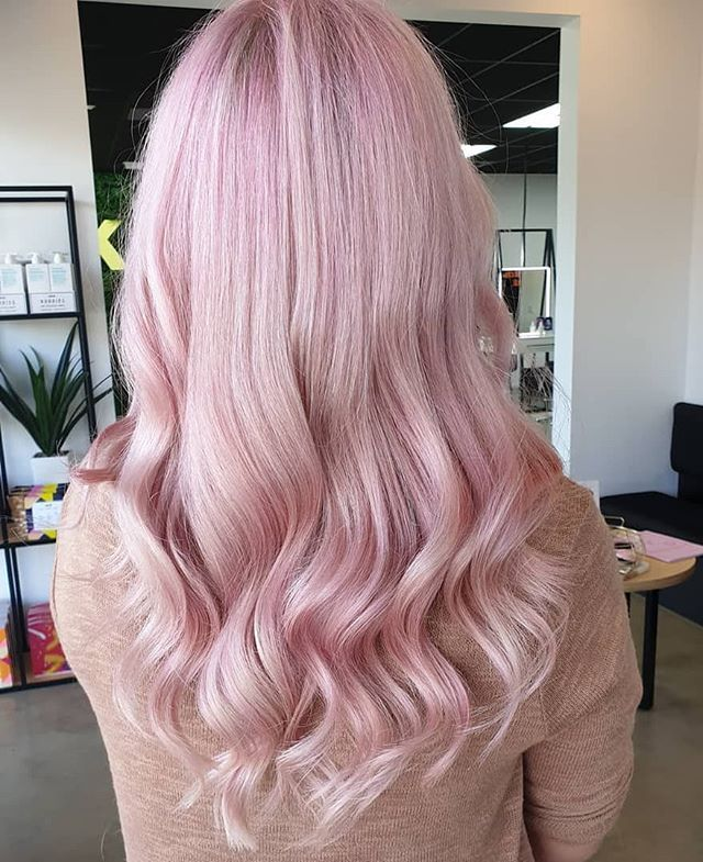 Fairy Floss Dreams By Misk Hair Beauty They Used Lakme K Blonde And 20 Vol With Olaplex And Toner Was 30 Grams Blonde Hair Color Hairstyle Long Hair Styles