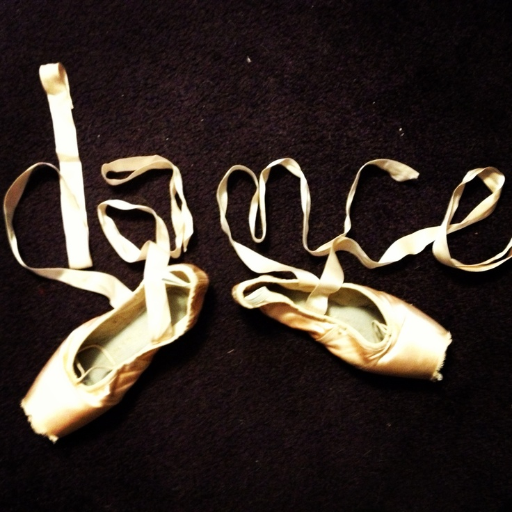 Pointe shoe ribbons