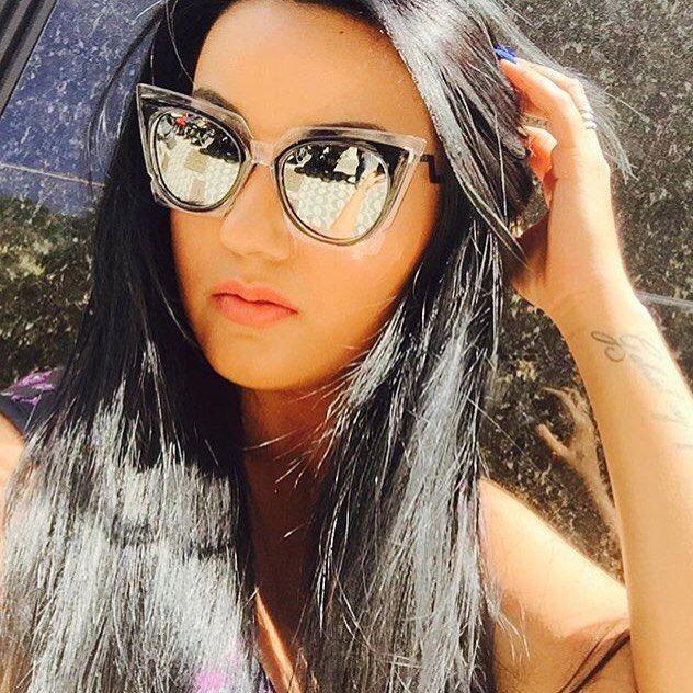 Modelo lindíssimo da Fendi usado pela Carla Borá. Borá borá tomar uma no fds em grande estilo. Whats 62 9135-9507 13900  #moda #beleza #óculosdesol #make #batonsmatte #paletas #vidasaudavel #mamaefitness #modaaoseuancalce #vendasonline #negocios #sucesso #importados #semprenamoda #brasil #emagrecercomsaude #mamaesarada #mamaeemforma by luciiianna