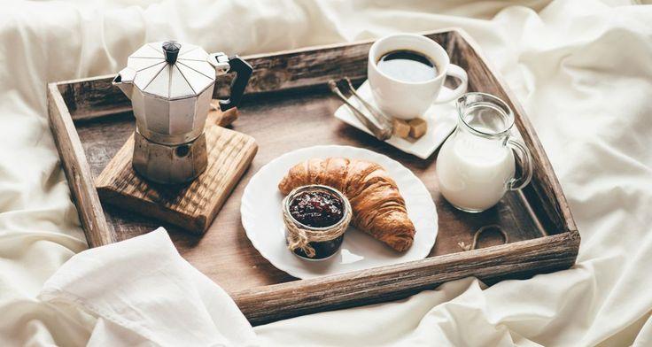 Τίποτα δεν σας ξυπνά περισσότερο το πρωί από το πρώτο πράγμα  που βάζετε στο στομάχι σας. Είναι αυτό που σας δίνει καύσιμα για την  υπ...