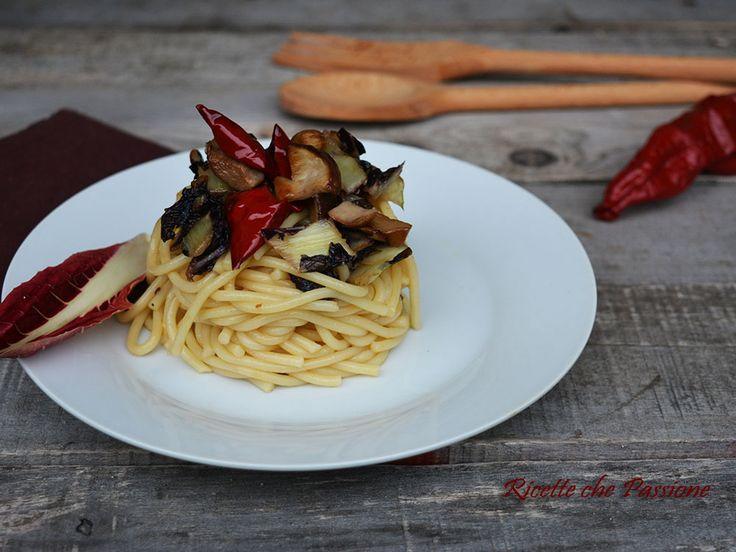 Pasta Porcini e Radicchio con peperoni cruschi
