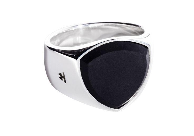 The Shield Onyx – Tom Wood Jewellery