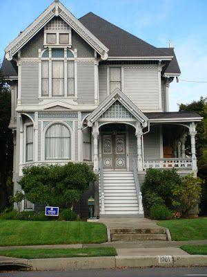 Harmony And Home: Beautiful Homes on Alameda Island  Gray's and teal.