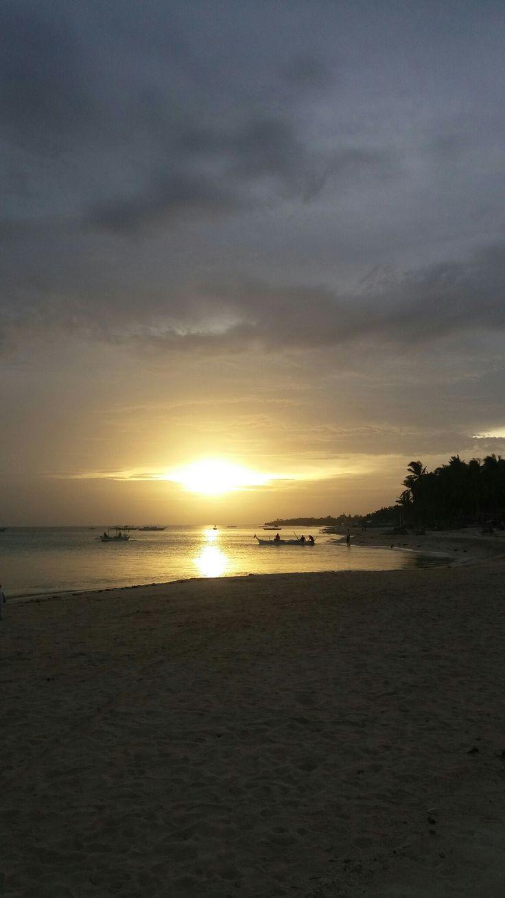 Yoonek Beach