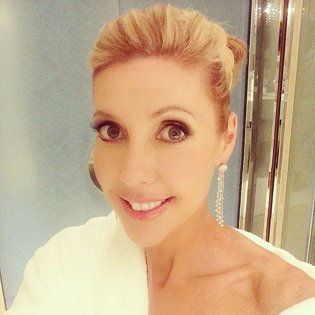 2014 Logies - Diamond Earrings forever. TV host Catriona Rowntree showed off her Forever Mark diamonds and revealed the designer of her dress: Jenny Packham! Source: Instagram user catriona_rtree