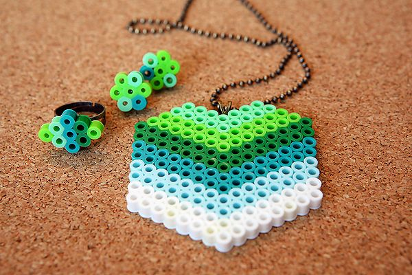 Perler Beads Jewelry Tutorial...piper loves to make things with these beads...just one more fun idea!