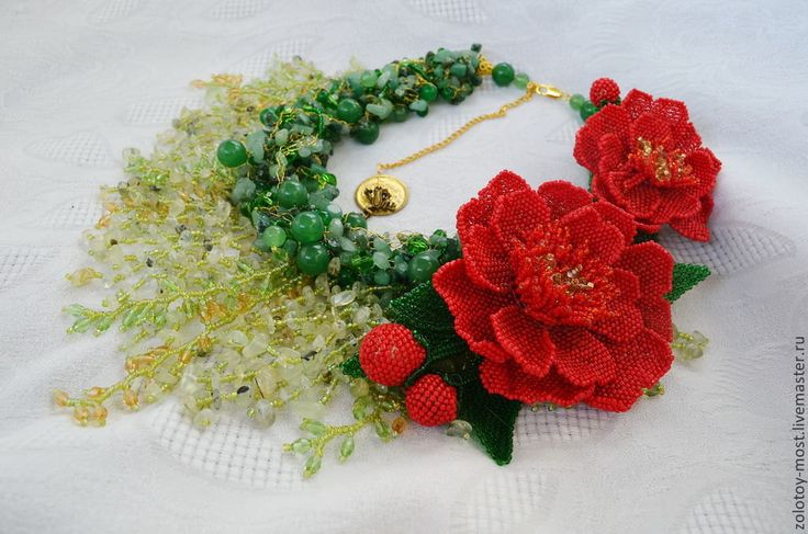 Green Statement Wirework Necklace with Red by BeadsGemsFlowers