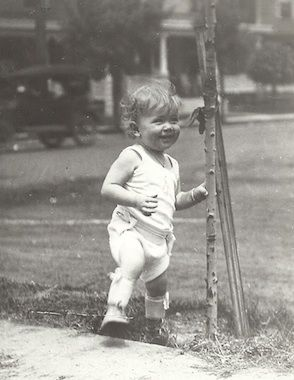 Doris Day, already showing that famous smile in Cincinnati, Ohio.