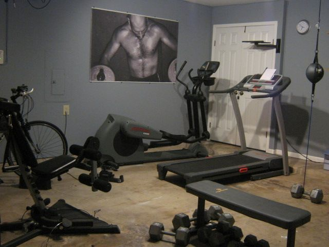 Nice Bedroom Gym   Lose The Picture Though