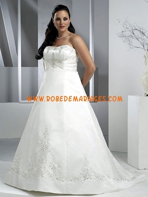 Robe de mariée grande taille satin broderies