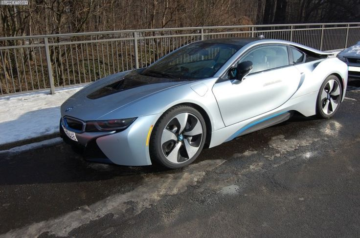 Cool BMW: BMW i8 in Ionic Silver Spotted...  Cool Cars