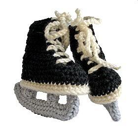cute crocheted hockey skates http://pinterest.net-pin.info/