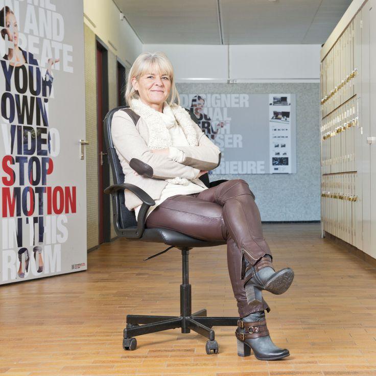 Les métiers du luxe ont le vent en poupe. Brigitte Beeler, Ecole d'arts appliqués de Vevey. © Stephan Engler