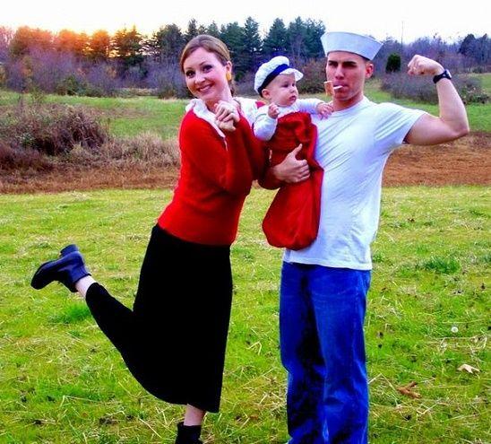 familia disfrazada de personajes de popeye