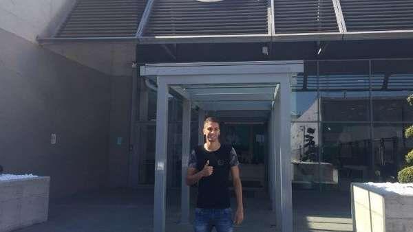 Rodrigo Bentancur se realizó la revisión médica en Juventus El volante de Boca viajó a Italia. Fuente ... http://sientemendoza.com/2017/04/03/rodrigo-bentancur-se-realizo-la-revision-medica-en-juventus/
