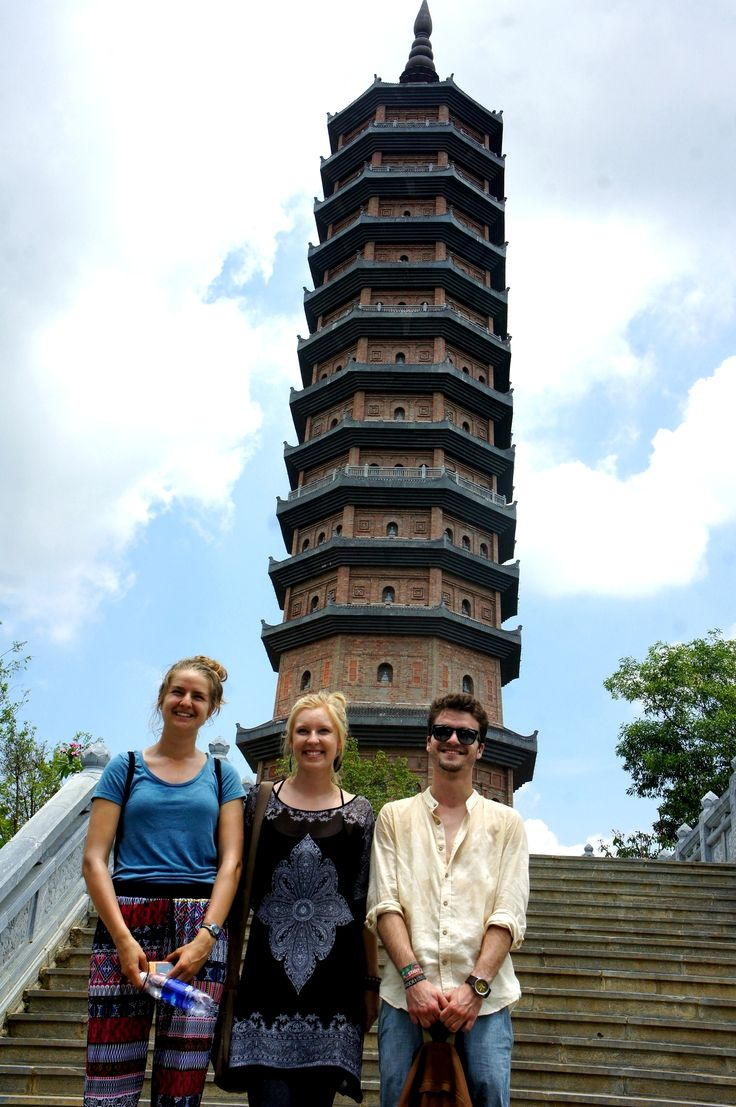 3 amazing interns from the USA, Canada and France joined the excursion happily.