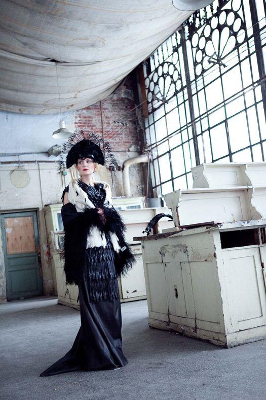 Рената Литвинова о костюмах для «Последней сказки Риты» / Модный блог / Мода / Женский журнал Glamour