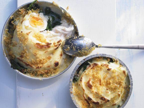Pie mit Seehecht ist ein Rezept mit frischen Zutaten aus der Kategorie Meerwasserfisch. Probieren Sie dieses und weitere Rezepte von EAT SMARTER!