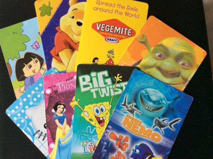 8 x kid s characters (Shrek, Dora) playing/swap cards