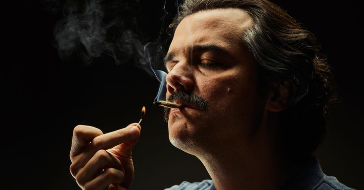 As the second season of Narcos takes off, Pablo Escobar is feeling the heat on…