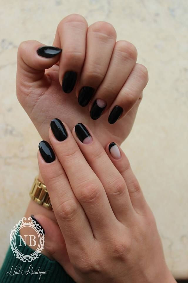 #black#nails#nailboutique