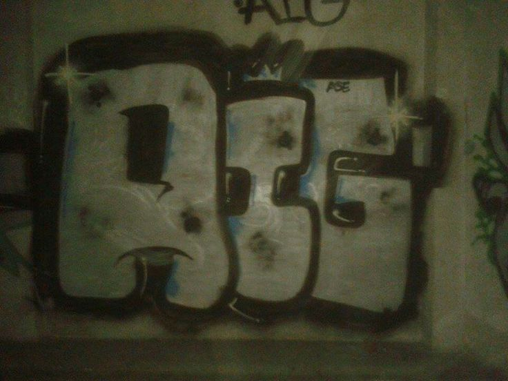 Aig...ahou with ase