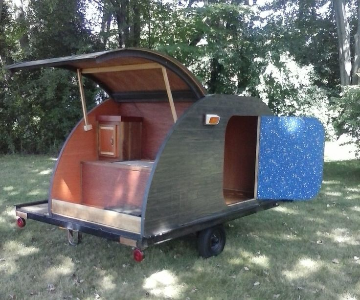 My name is Brian I am a retired union electrician. I was given a old snowmobile trailer that i had no real use for. So decided to build my daughter a camper.
