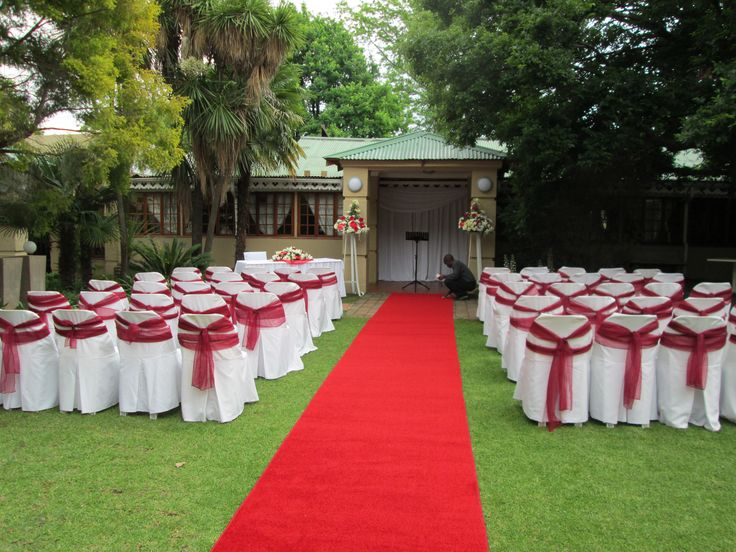 Garden Wedding Reception set in our Lush gardens www.threeoaks.co.za