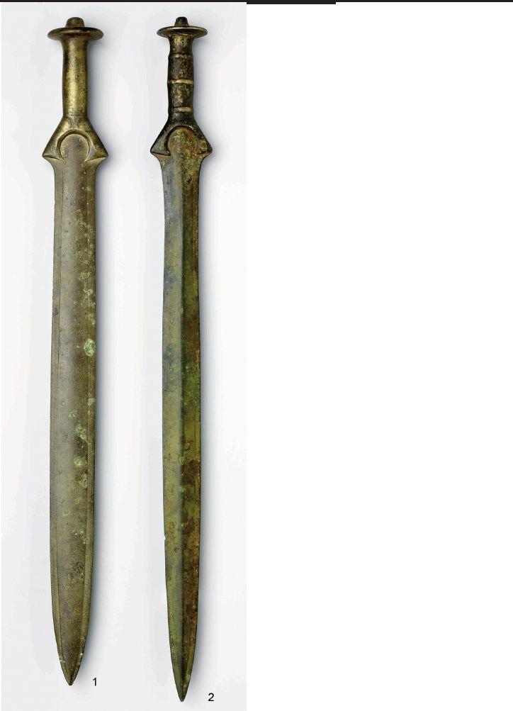 Bronastodobna polnoročajna meča iz Ljubljanice / Two Bronze Age solid-hilted swords from the Ljubljanica River | Peter Turk - Academia.edu