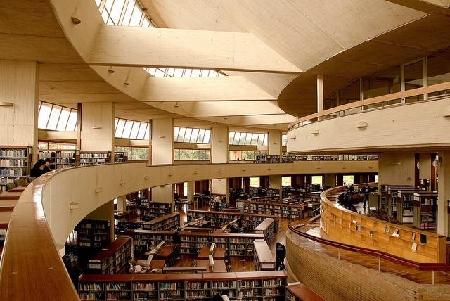 Biblioteca-Virgilio-Barco--Germán-Montes, via Flickr.