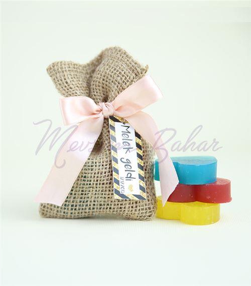 Bebek Şekeri Sabun Kesesi Renkli Kalpler