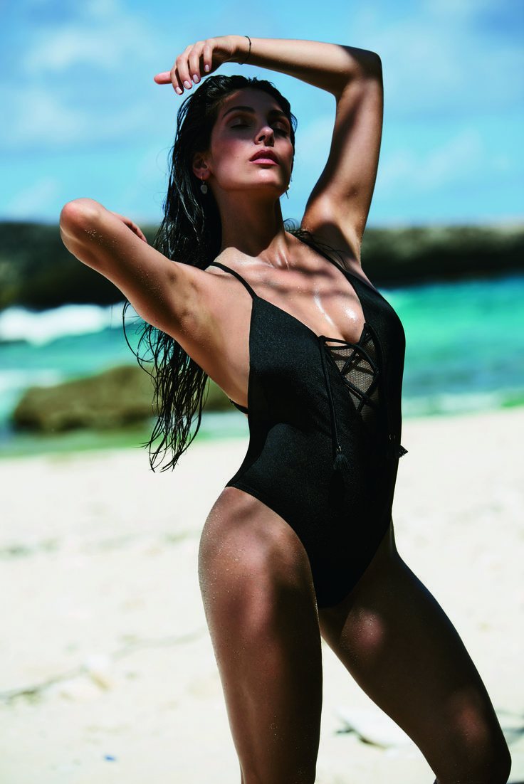 #AnnaNooshin #hunkemöller #fashion #swim #bikini #beach #bodysuit
