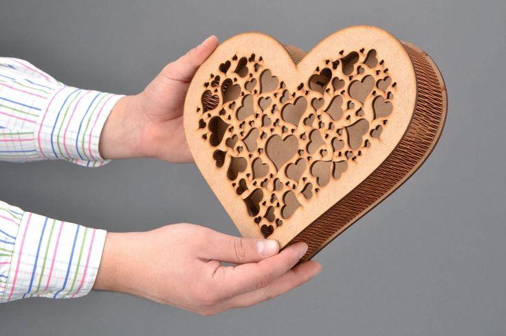 Cajita artesanal de madera contrachapada Corazón: Amazon.es: Juguetes y juegos