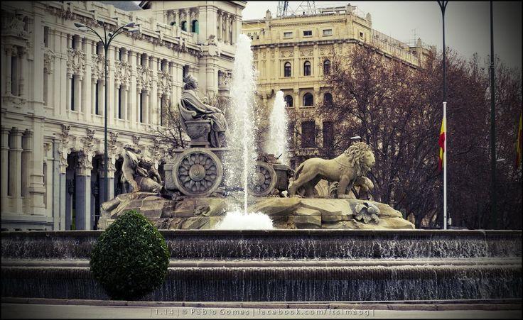 Fonte de Cibeles / Fuente de Cibeles / Fountain of Cibeles [2014 - Madrid - Espanha / España / Spain] #fotografia #fotografias #photography #foto #fotos #photo #photos #local #locais #locals #cidade #cidades #ciudad #ciudades #city #cities #europa #europe #turismo #tourism #escultura #sculpture