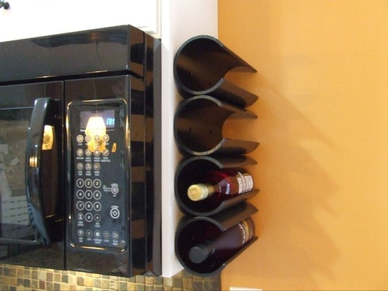 Take PVC pipe and make a wine wrack - from Happiness crafty : PVC PIPE PROJECTS {18 ideas}