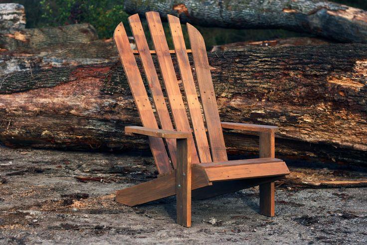 Chaise ventail de jardin en sapin bois palette for Fabrication chaise en bois de palette
