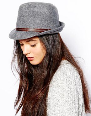 If I was a person to wear awesome hats frequently. .. I'd go out of my way to get this hat for some reason.