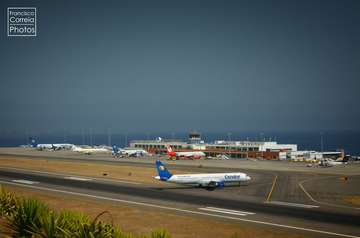 chegada ao aeroporto da Portela, na Madeira
