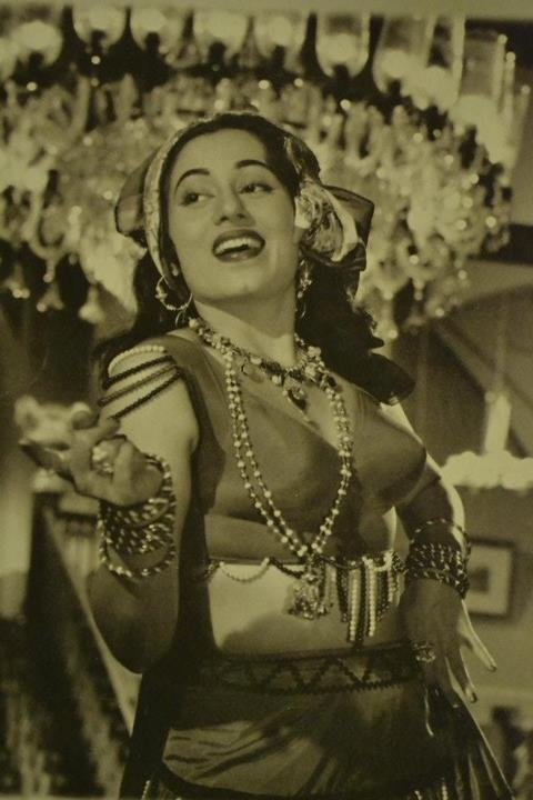 Madhubala image by nasir78621 - Photobucket