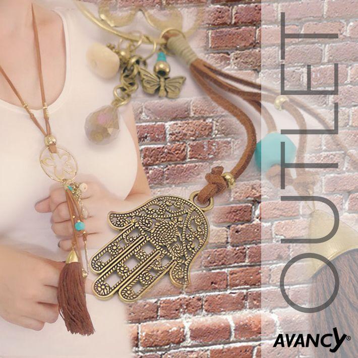 Collar – Colgante 📿 de color cobre con mano de Fatima 🤚, piedra natural, cristal 💎 y el cordón de piel natural.  Ref: 316926  Mano de Fátima 🤚- en el mundo árabe se utiliza como talismán para protegerse  de la desgracia en general y del mal de ojo 👁️ en particular. Previene las enfermedades y atrae la buena suerte. 😍  http://www.avancy.es/gest/es/outlet  #avancy #collar #colgante #manodefátima #amuleto #suerte #maldeojo #talisman #piedranatural #piel #ventaporcatálogo .