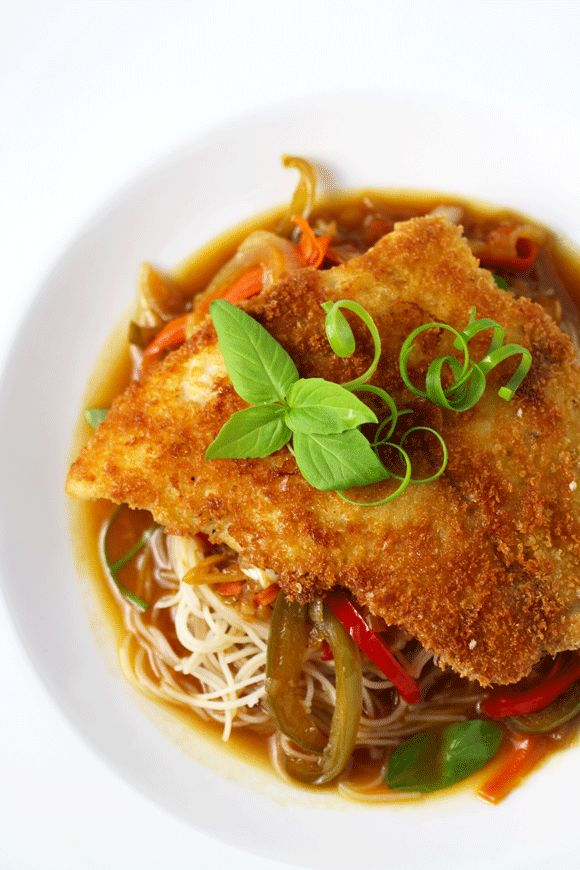 Crispy Thai Tamarind Fish with Fresh Vegetables, Thai Basil and Brown Rice Noodles #ThaiFood