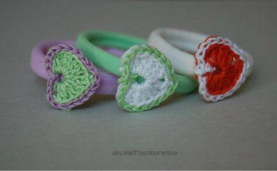 Te elastici per capelli colorati con cuori ad uncinetto - per bambine, ragazze e donne