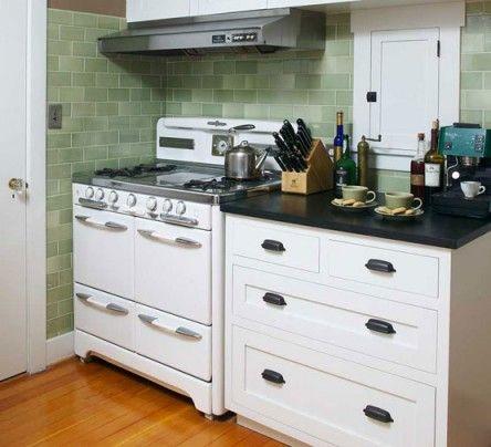 The Vintage Kitchen: Appliances 1905u20131930